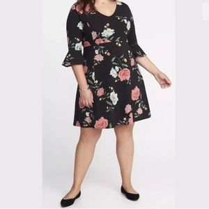 NEW Black w/Beautiful Floral Print Jersey Dress